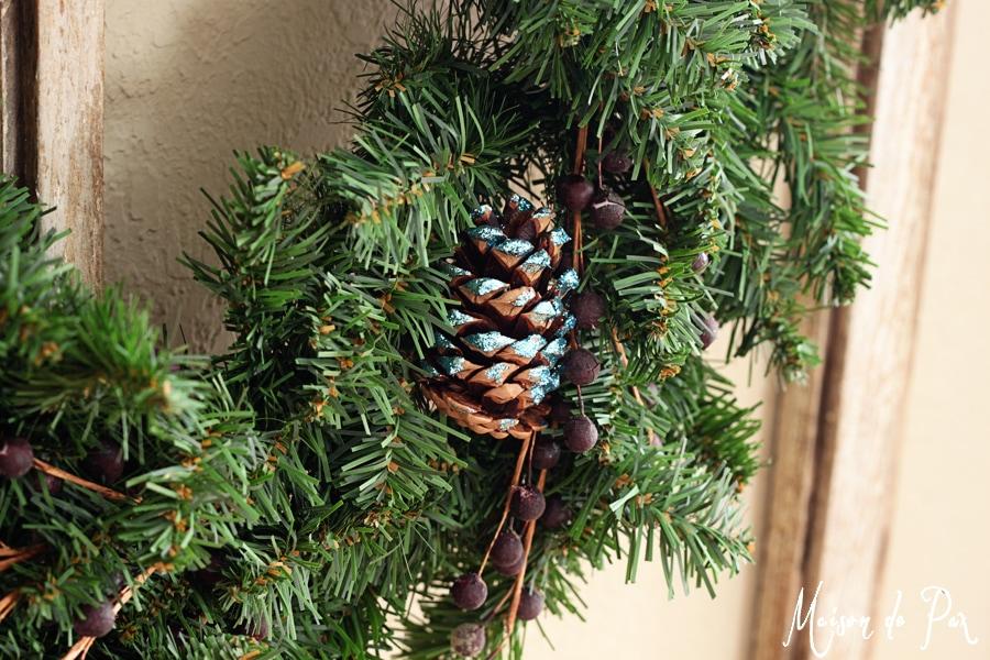 blue wreath close 2