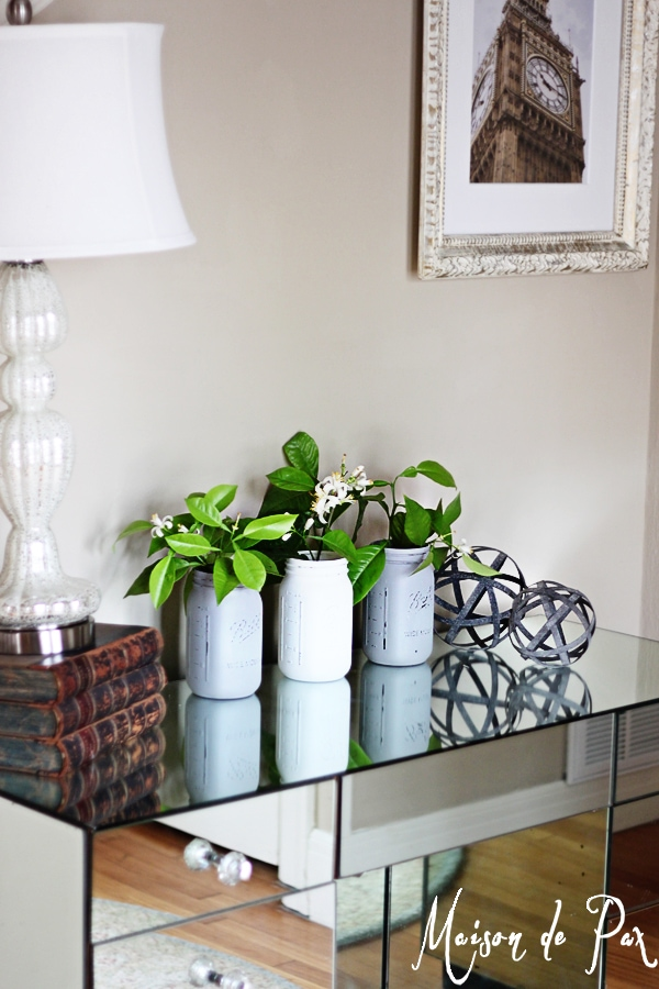 Don't miss these tips for creating a spring vignette in your own home (at www.maisondepax.com)