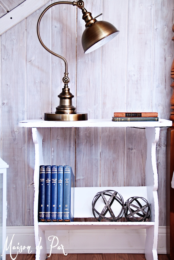 Farmhouse bedside table- Maison de Pax