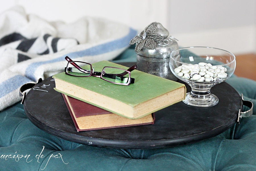 Make your own adorable chalkboard serving tray AND functioning lazy susan!  Tutorial at maisondepax.com