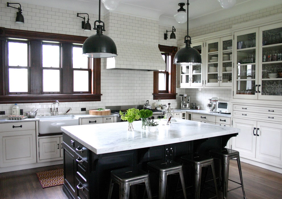 gorgeous kitchen round up at maisondepax.com #kitchenisland #whitekitchen #bigisland #paintedkitchen