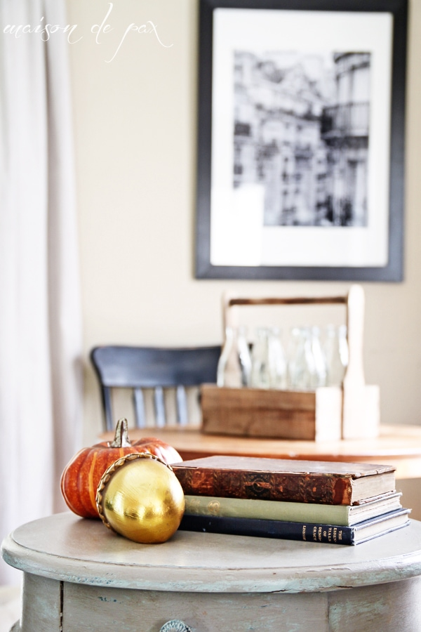 Fall pumpkin and acorn- Maison de Pax