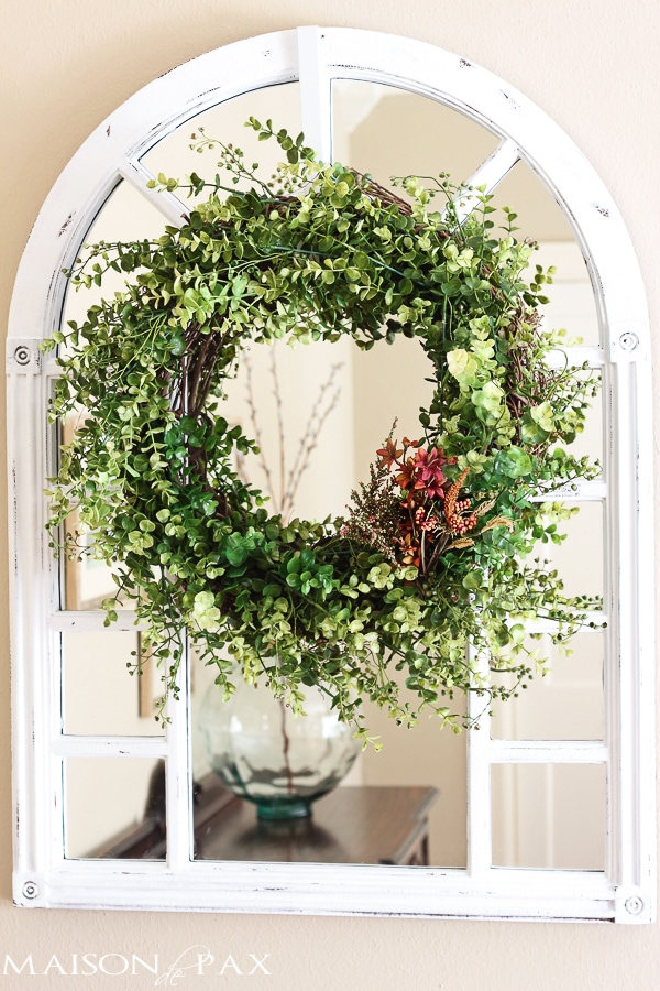 Simple DIY eucalyptus wreath- Maison de Pax