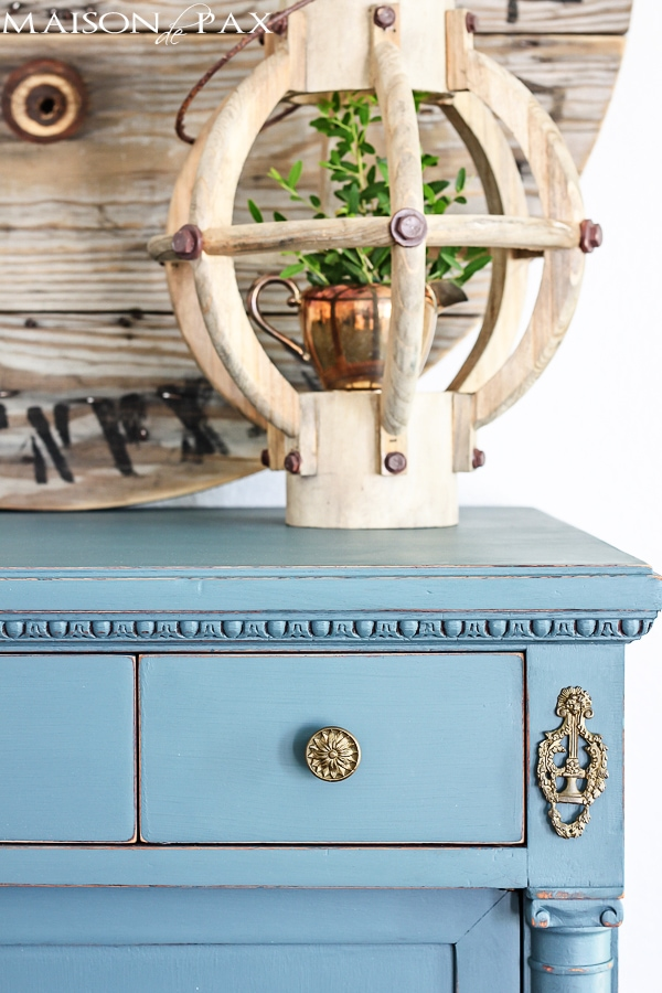 Vintage Dresser Painted Blue And A, How To Paint Furniture Antique Blue