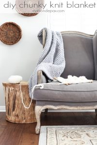 Chunky Gray Knit Blanket (+ GIVEAWAY)