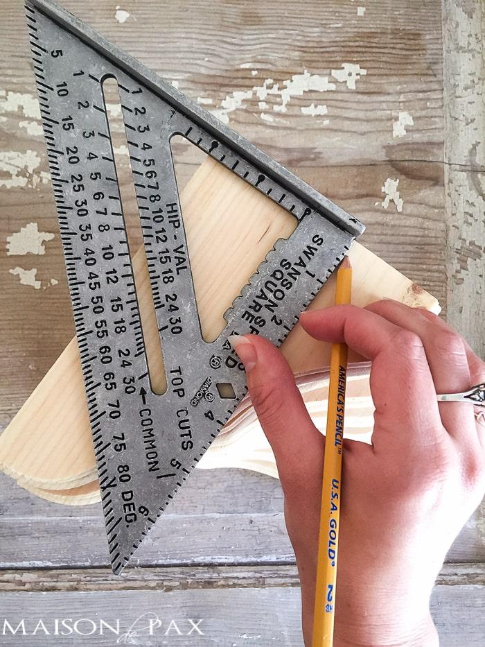 Measuring corbels- Maison de Pax