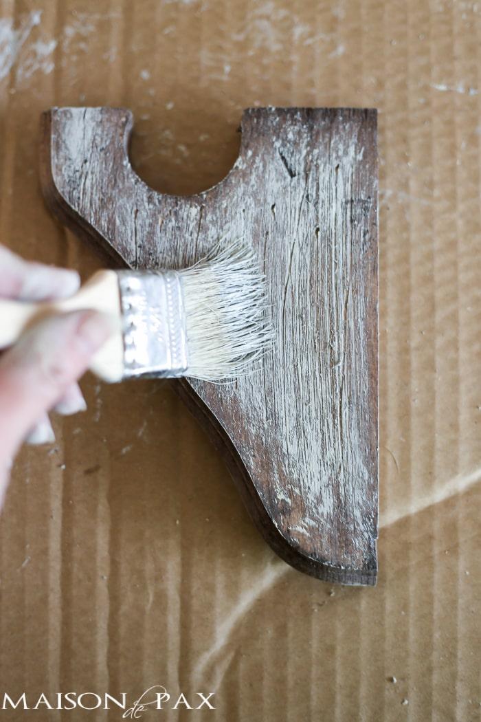 Rustic finish on corbels- Maison de Pax