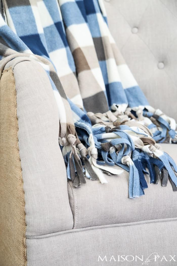 diy NO SEW throw blanket- Maison de Pax