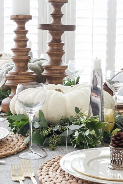 Elegant, Neutral Thanksgiving Table Decor