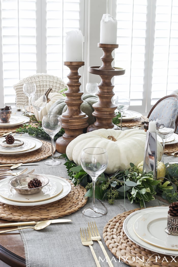 Elegant Neutral Thanksgiving Table Decor get the