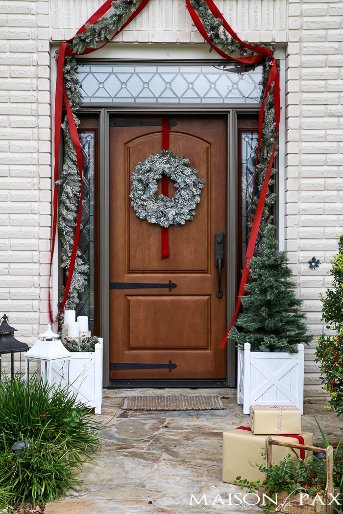 Front Yard Christmas Decorating Ideas