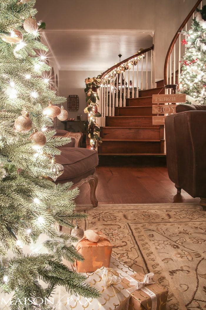 Christmas entry- Maison de Pax