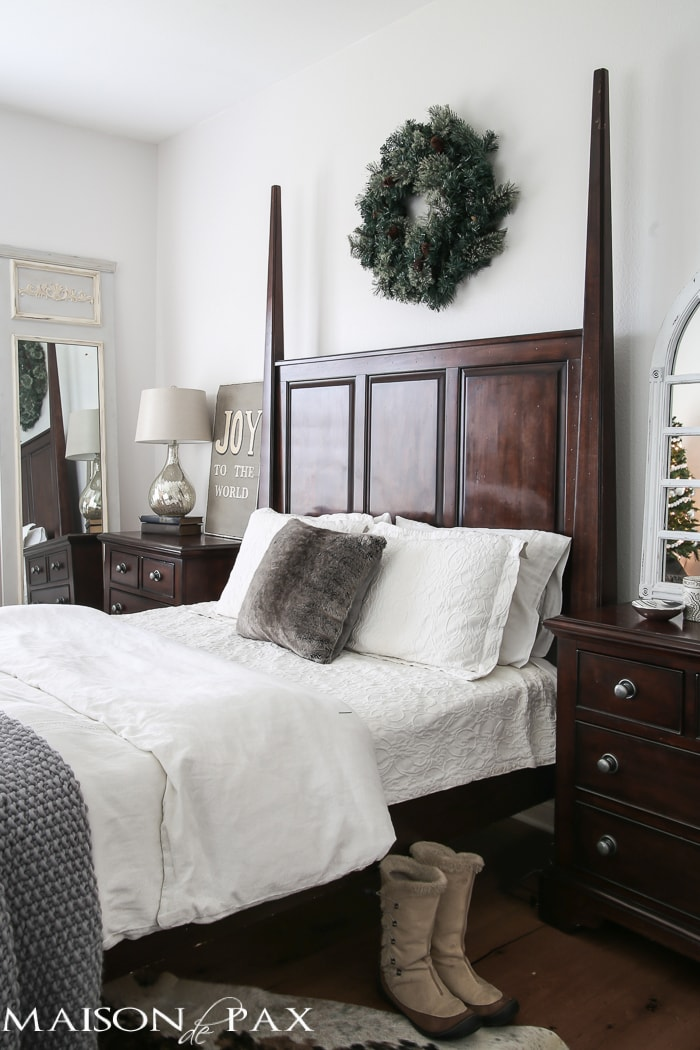 white christmas bedroom decorating ideas