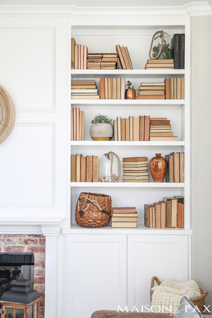 Bookshelf Styling Tips- Maison de Pax