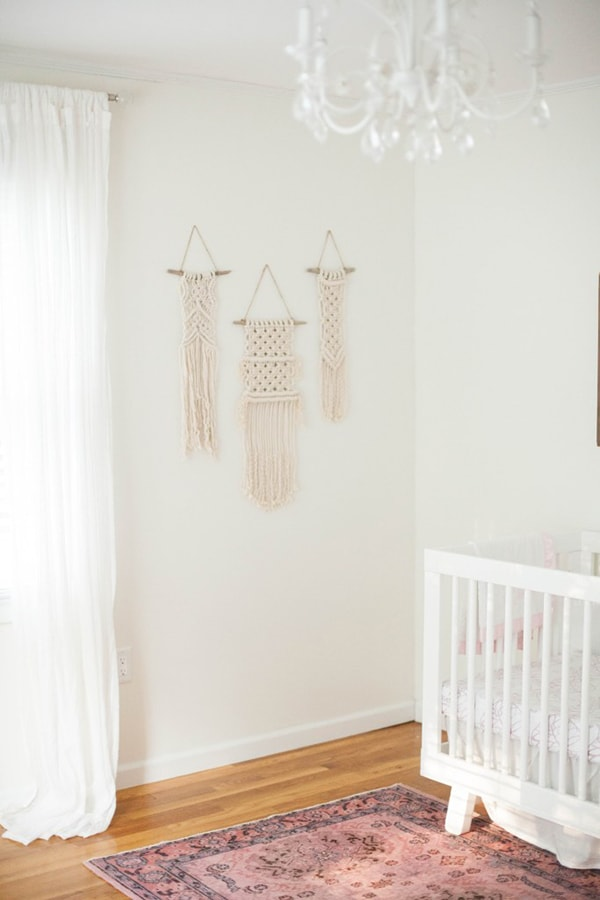 neutral nursery with macrame- maison de pax