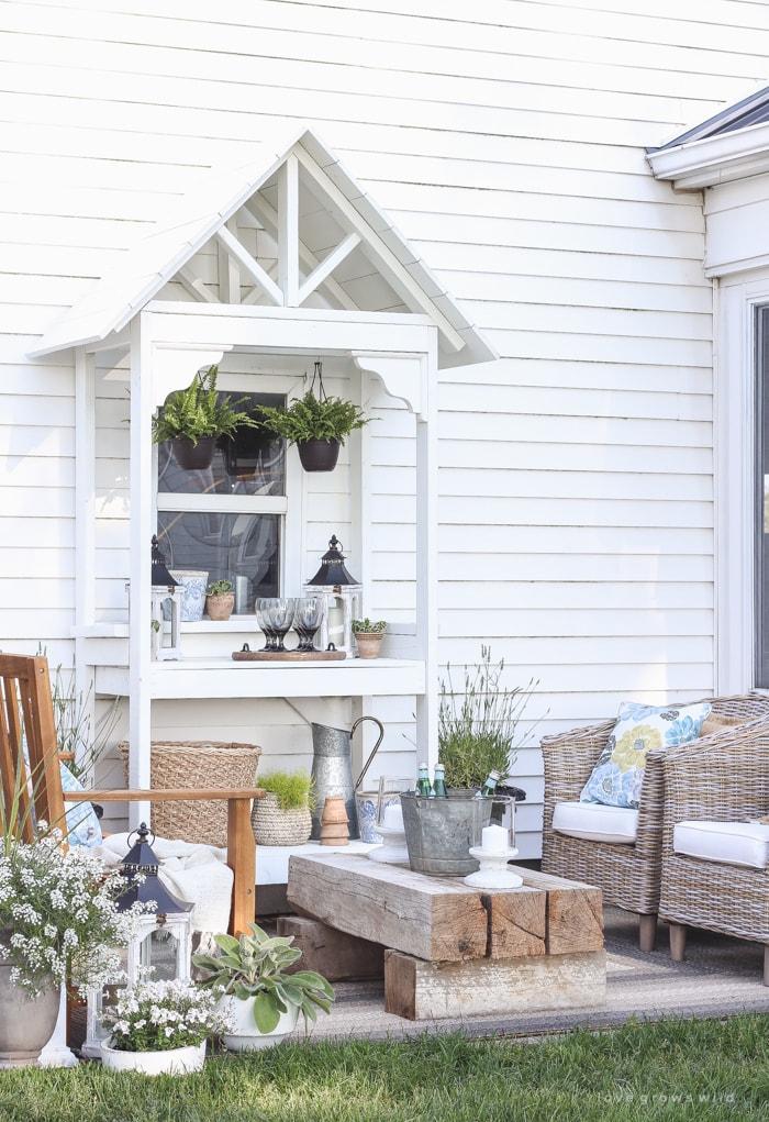 White Shiplap Patio Set- Maison de Pax
