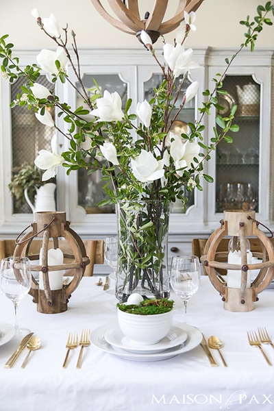 White and green floral centerpiece- Maison de Pax