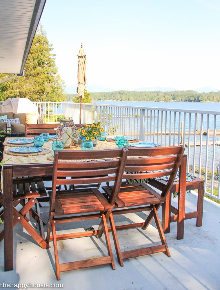 Lake Dining Set