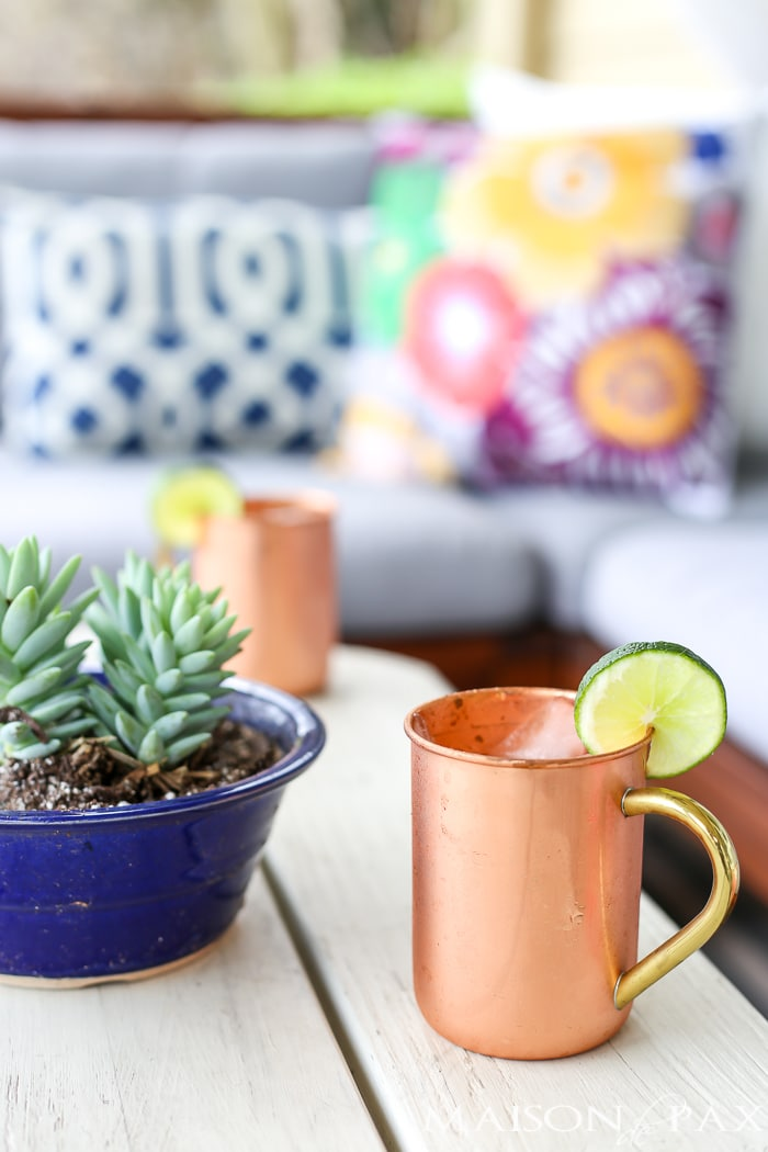 Copper mugs with Moscow mules- Maison de Pax