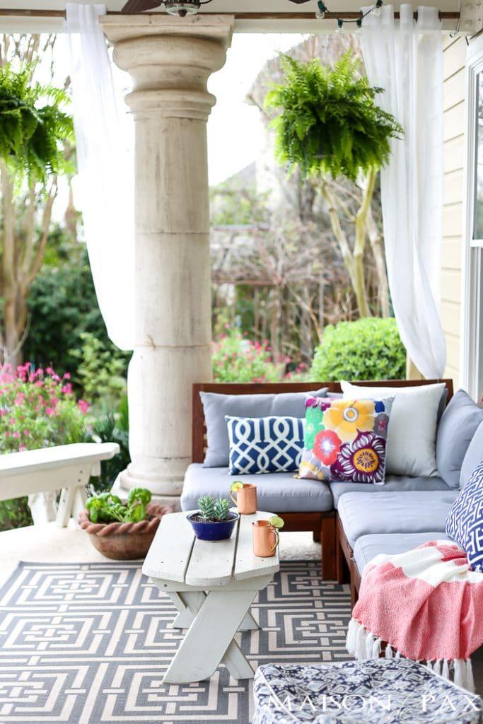 Spring Patio Decorating Ideas - Maison de Pax