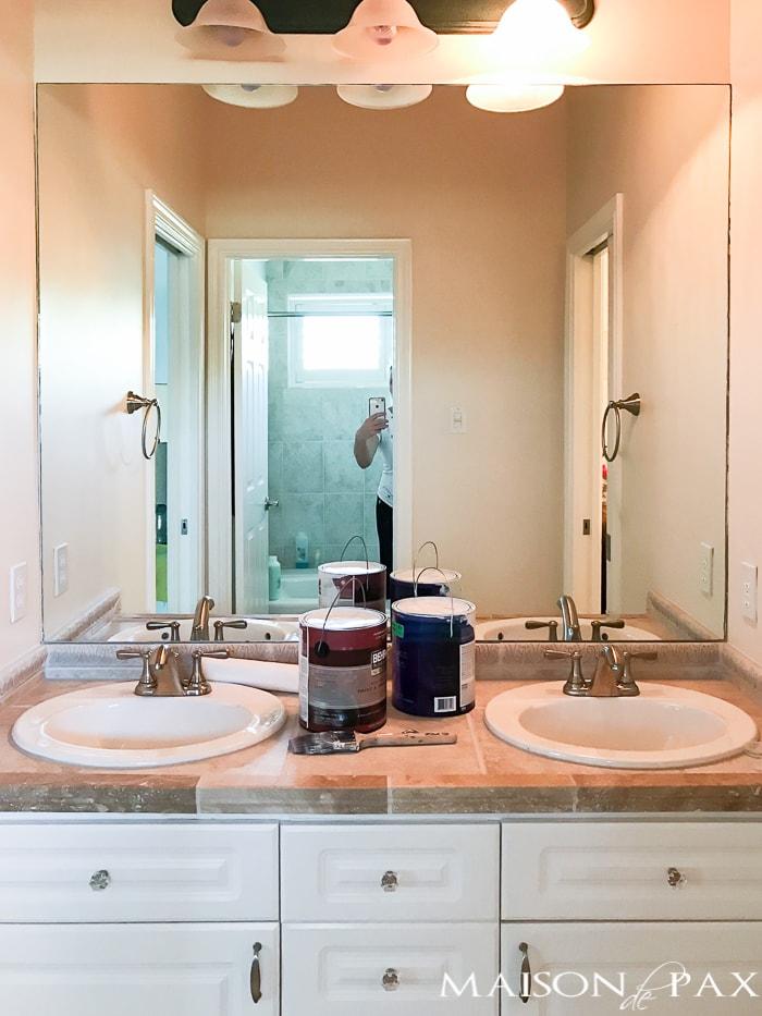 navy and marble bathroom design plan maison de pax. Black Bedroom Furniture Sets. Home Design Ideas