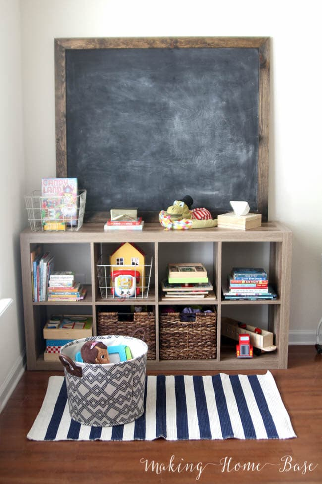 simple cubby orgnanization! Schoolrooms, book nooks, and homework spaces: Find inspiration, design ideas, and organization tips for creating a study or reading space in your home!