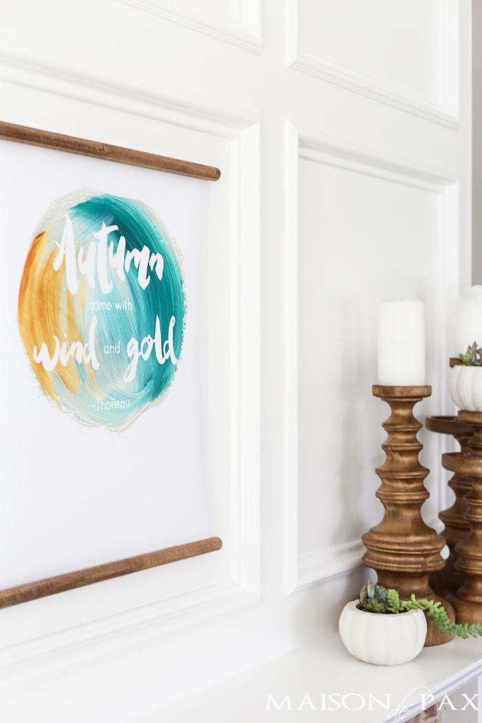 free fall printable! Autumn came with wind and gold by Thoreau on a white mantel #fallprintable