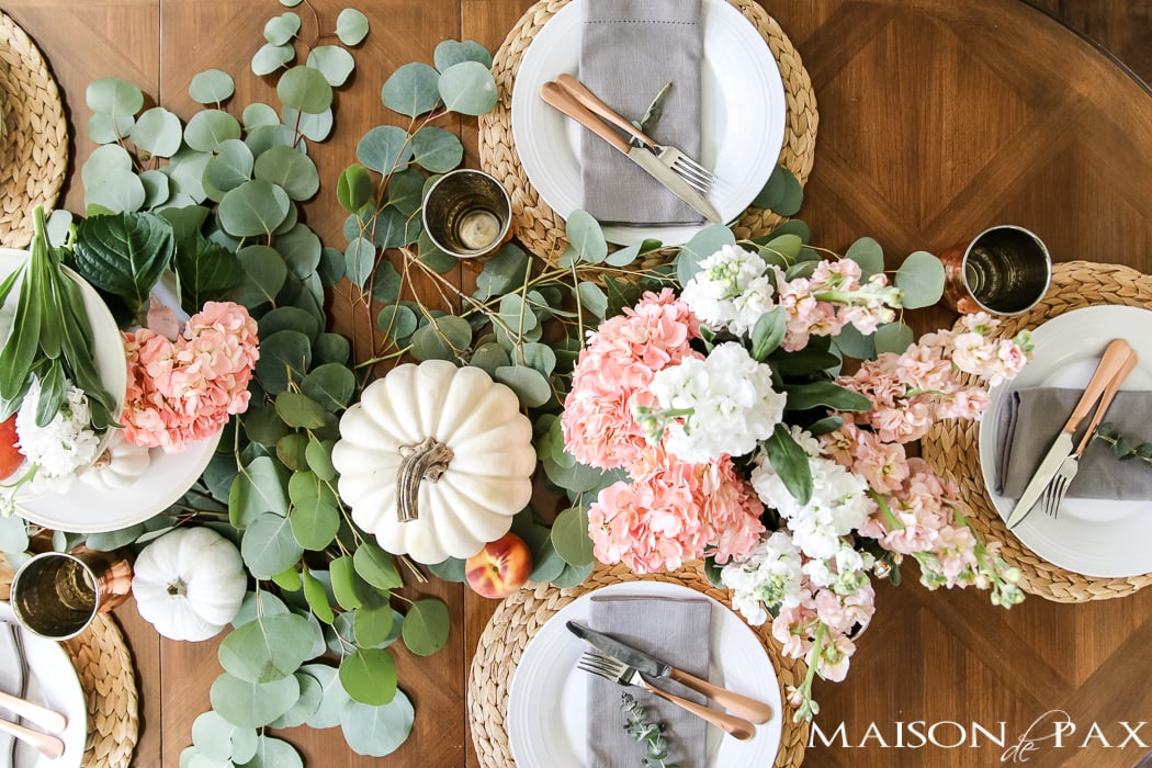 peaches and white pumpkins make a beautiful #falltable
