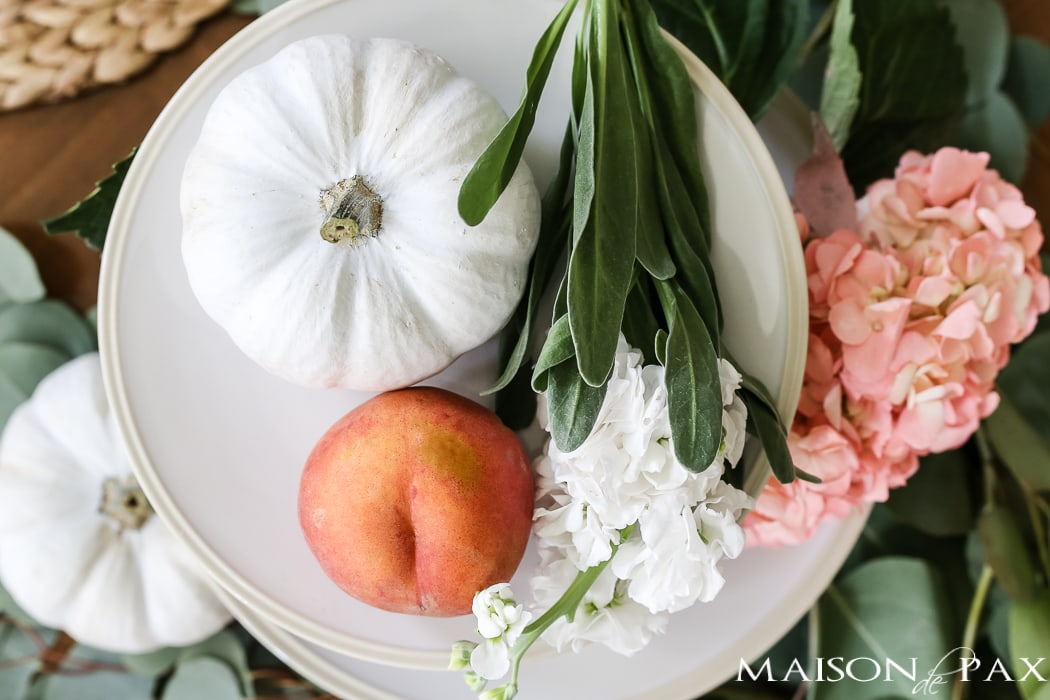 peaches and pumpkins create a beautiful early fall centerpiece