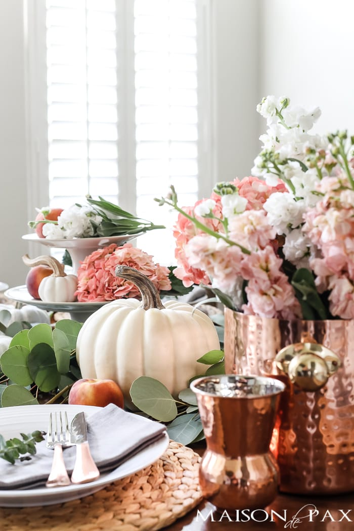 blush flowers, copper accents, and white pumpkins: creative fall tablescape #falltablescape