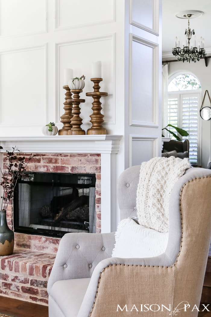 simple, neutral fall mantel decor ideas- Maison de Pax