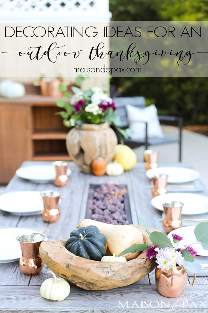 Don't miss this outdoor Thanksgiving table and find out how to decorate yours with just a few affordable items from your local grocery store! #thanksgivingtable