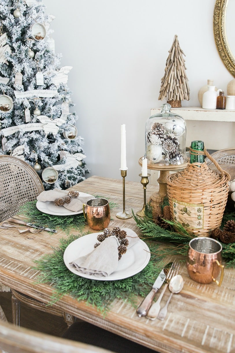 rustic Christmas dining room #Christmastablescape