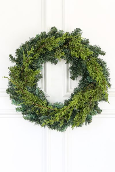 1 Affordable Wreath, 5 Easy Ways