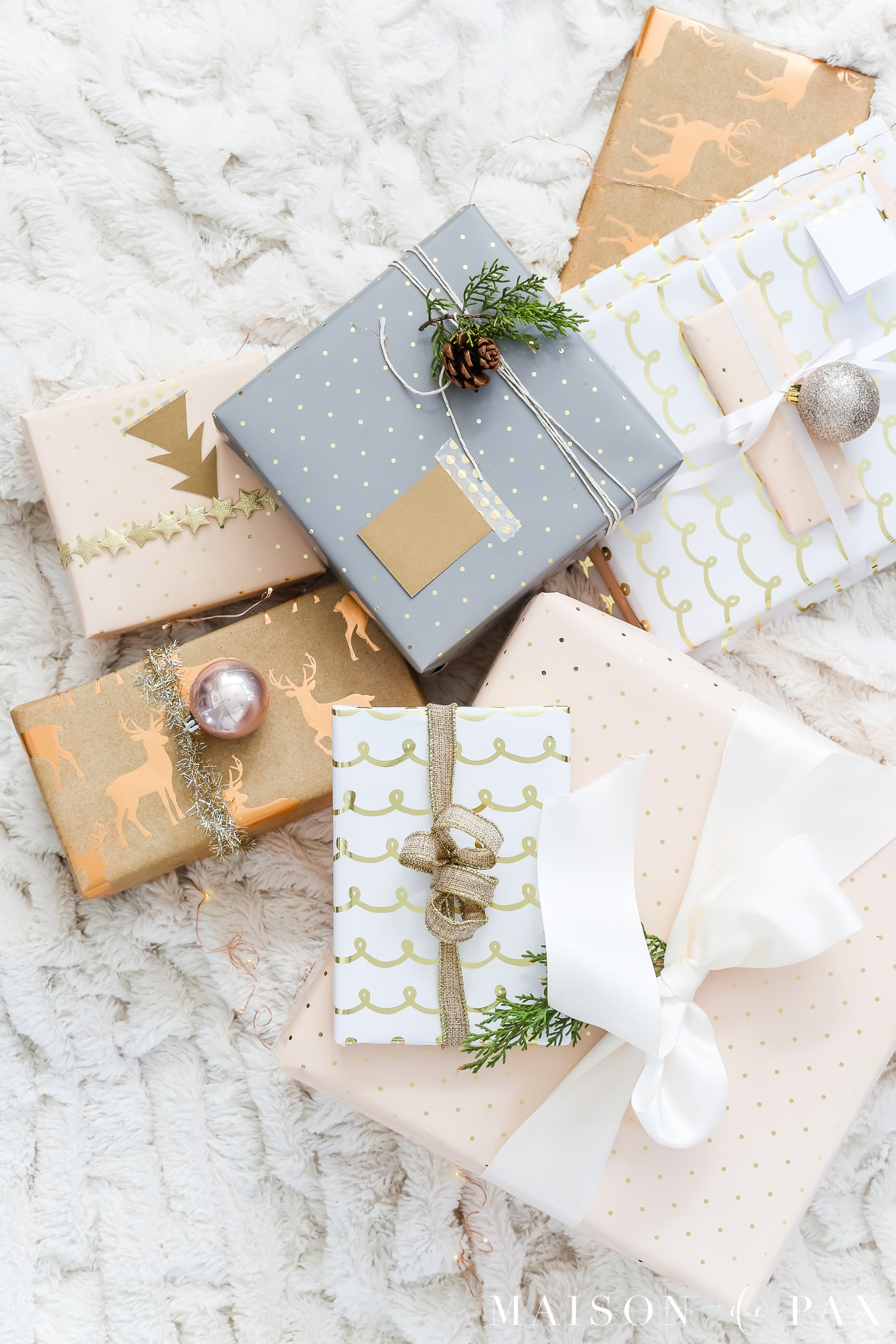 easy gift wrapping ideas: 10 tips for making gorgeous gifts fast #christmaspresents #giftwrap