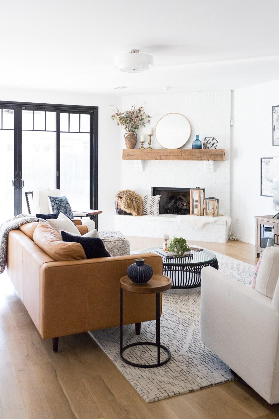 Modern fireplace- Maison de Pax