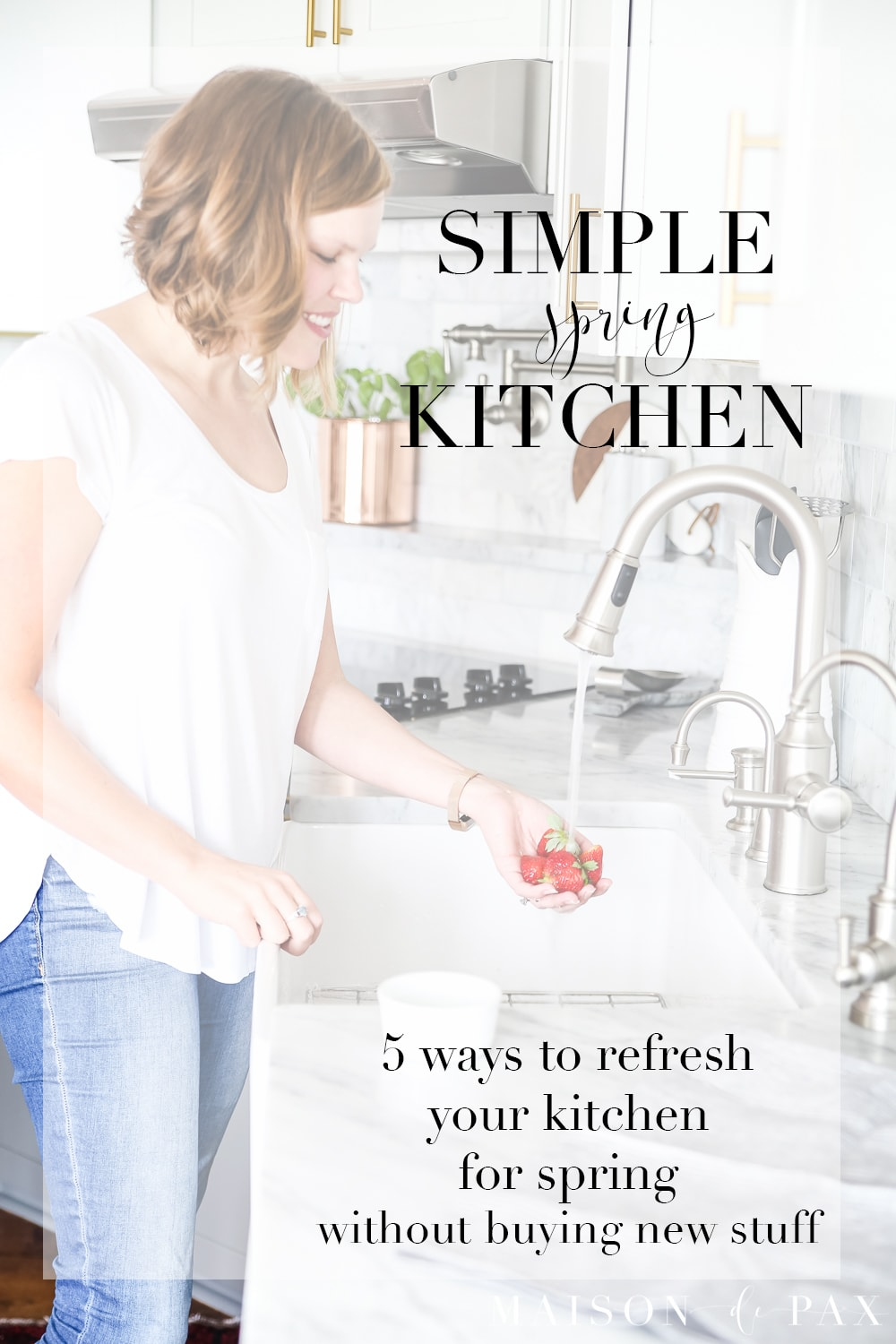 Looking for simple spring kitchen inspiration?  Find five tips on adding a fresh, clean feeling to your kitchen this spring. #springkitchen #kitcheninspo #marblekitchen #kitchendesign #springdecor #springdecorating #kitchendecor #twotonekitchen