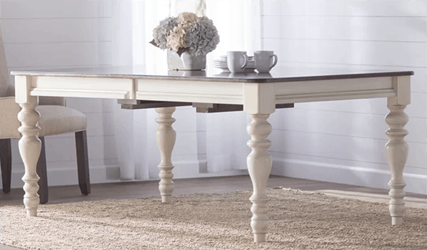 Traditional white and wood dining table- Maison de Pax