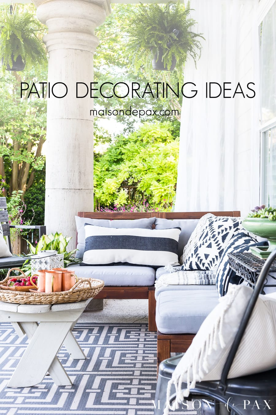 Simple ideas for a peaceful patio outdoor living space! #outdoorliving #patio #patiodecor #blackandwhite #succulents #backporch #outdoorentertaining