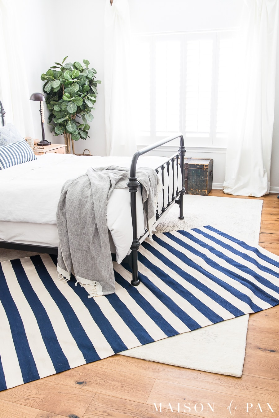 Blue And White Decorating Tips: Layered Rugs In A Bedroom. Get Blue And  White