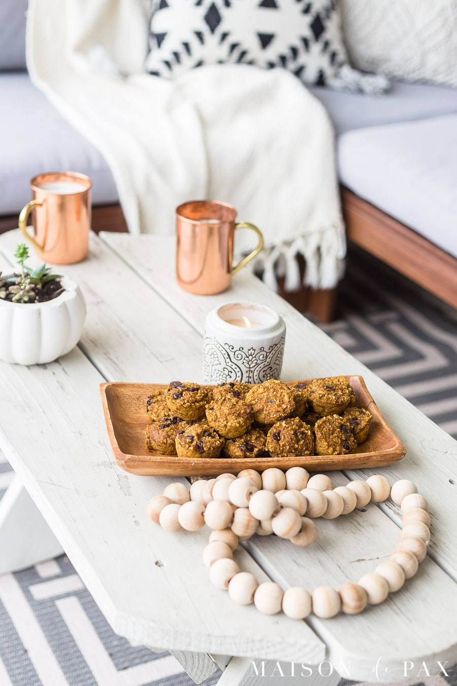 Get the recipe for this gluten free pumpkin muffin recipe and cozy fall decorating tips! #falldecor #pumkinrecipe #falldecorating