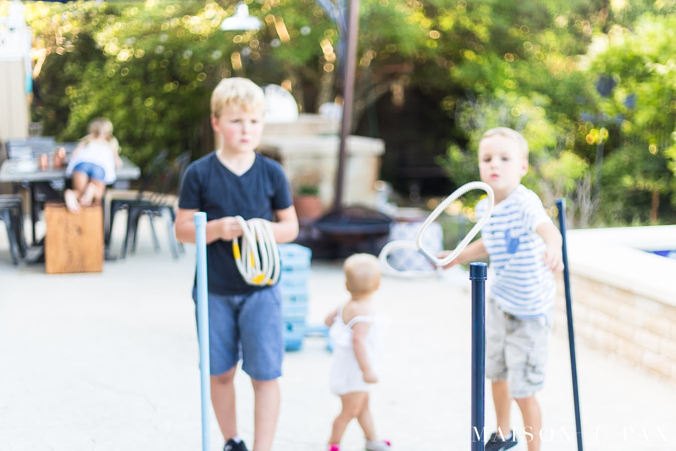 Make giant ring toss with your kids: find this and other family projects plus tips for completing project with kids! #familyfun #familyproject #outdoorgames #kidfriendlyproject #diyproject #yardgames