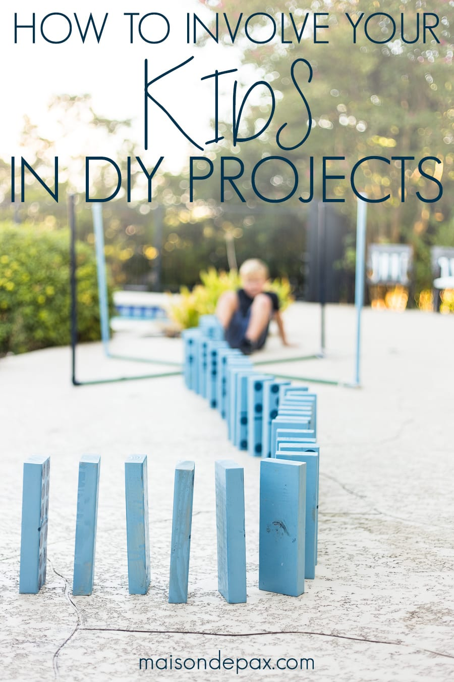 Tips for completing DIY projects with kids PLUS find out how to make these giant outdoor yard games! #familyfun #familyproject #outdoorgames #kidfriendlyproject #diyproject