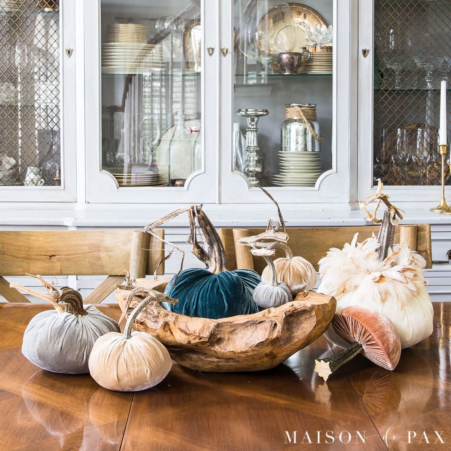 velvet pumpkin centerpiece: neutrals and warm blues