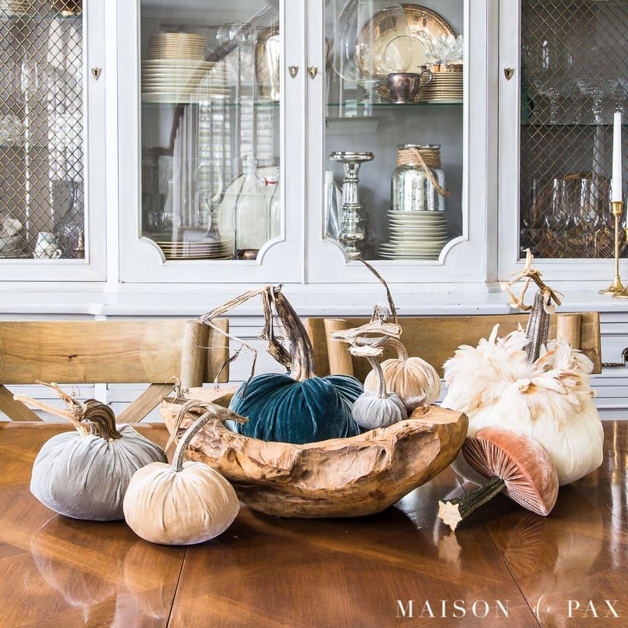 velvet pumpkin centerpiece: neutrals and warm blues