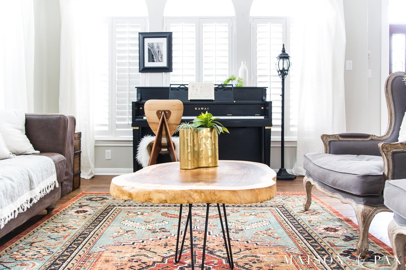 colorful vintage rug in eclectic living room | Maison de Pax
