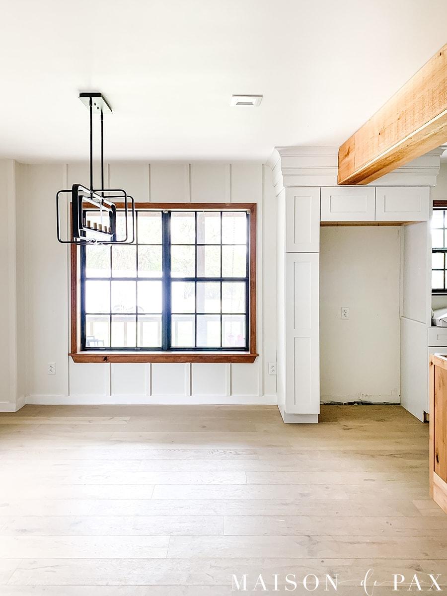 kitchen cabinets framing around support beams   Maison de Pax