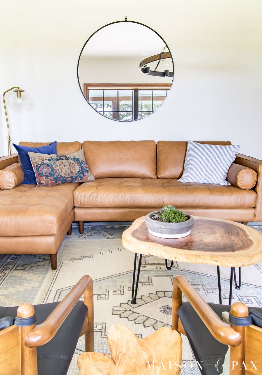 rustic yet mid century modern living room | Maison de Pax