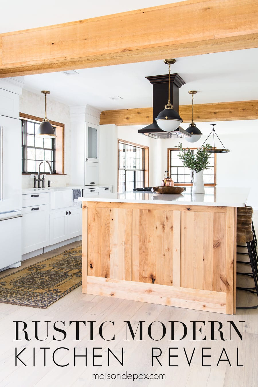 light wood and white modern farmhouse kitchen | Maison de Pax