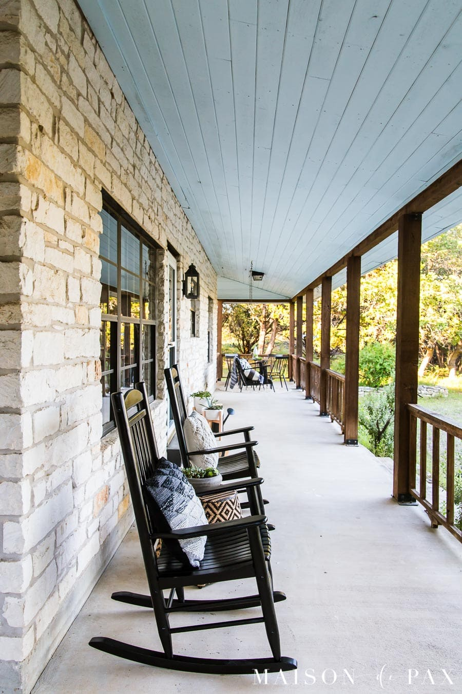 Modern Farmhouse Porch Reveal - Maison de Pax